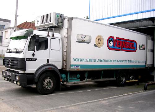 L'un des camions de livraison des produits