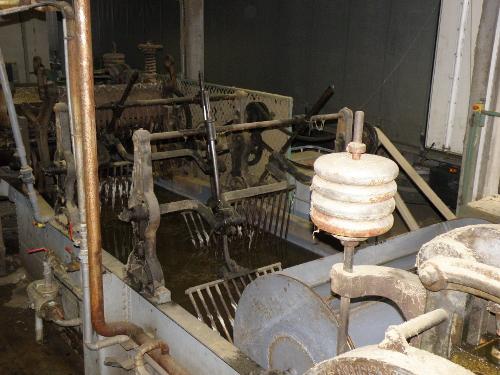 Le principal bac de lavage de la laine