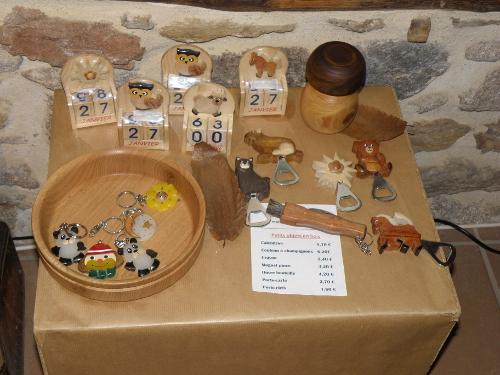 Quelques objets en bois de châtaignier